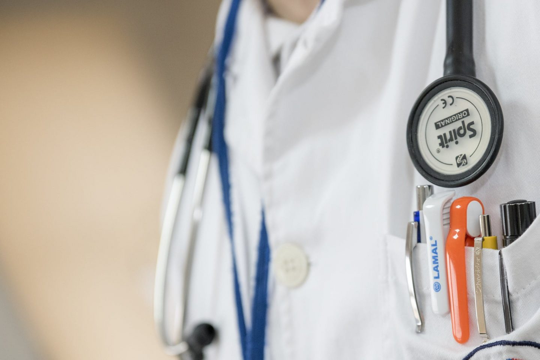 healthy clinic doctor health